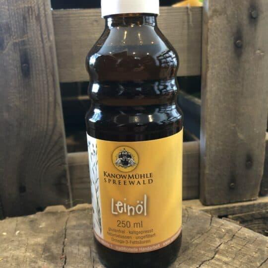 Leinöl in der Flasche